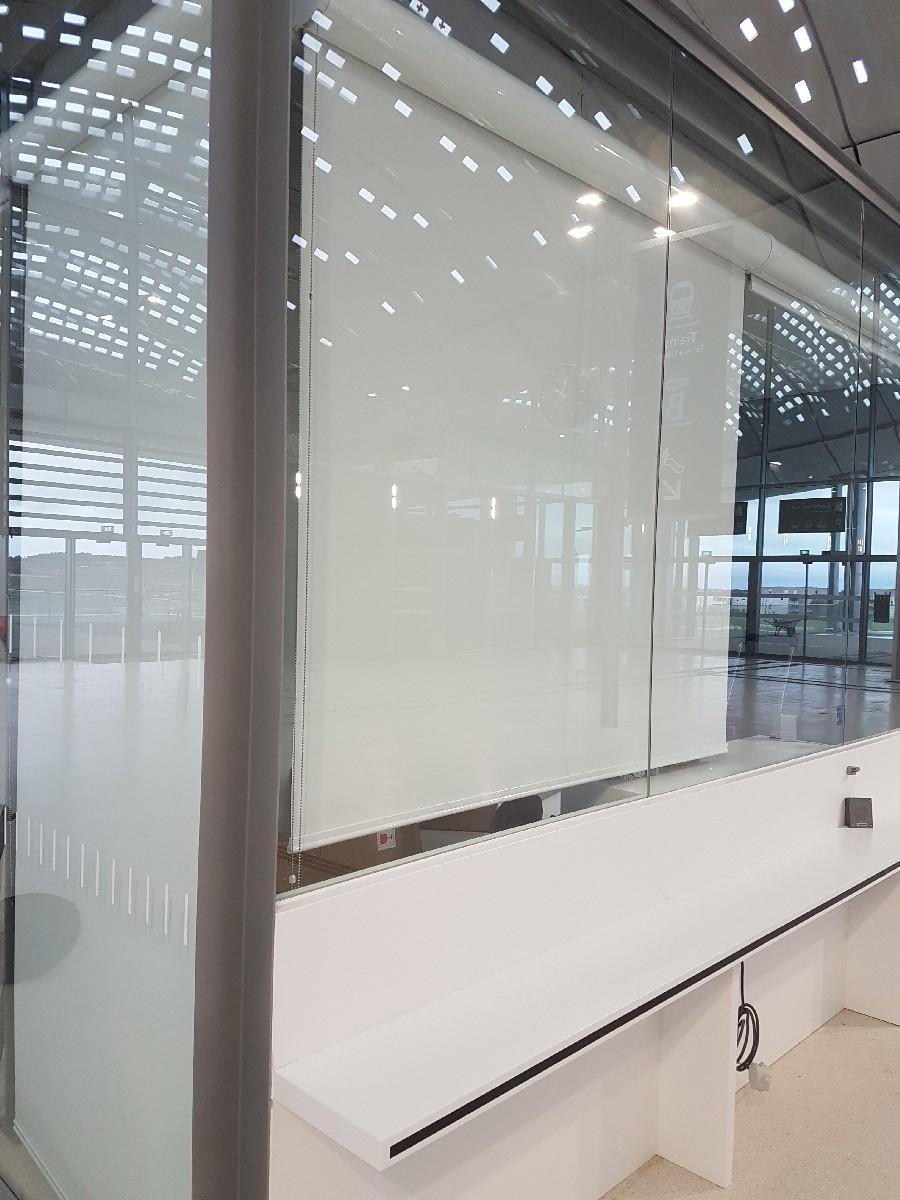 fabrication store enrouleur sur mesure à Montpellier | AB Tertiaire